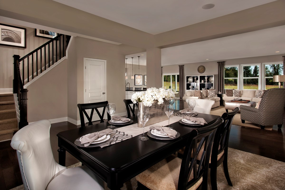 New Homes in Holly Springs, NC - Parks at Bass Lake The Fairview - Dining Area