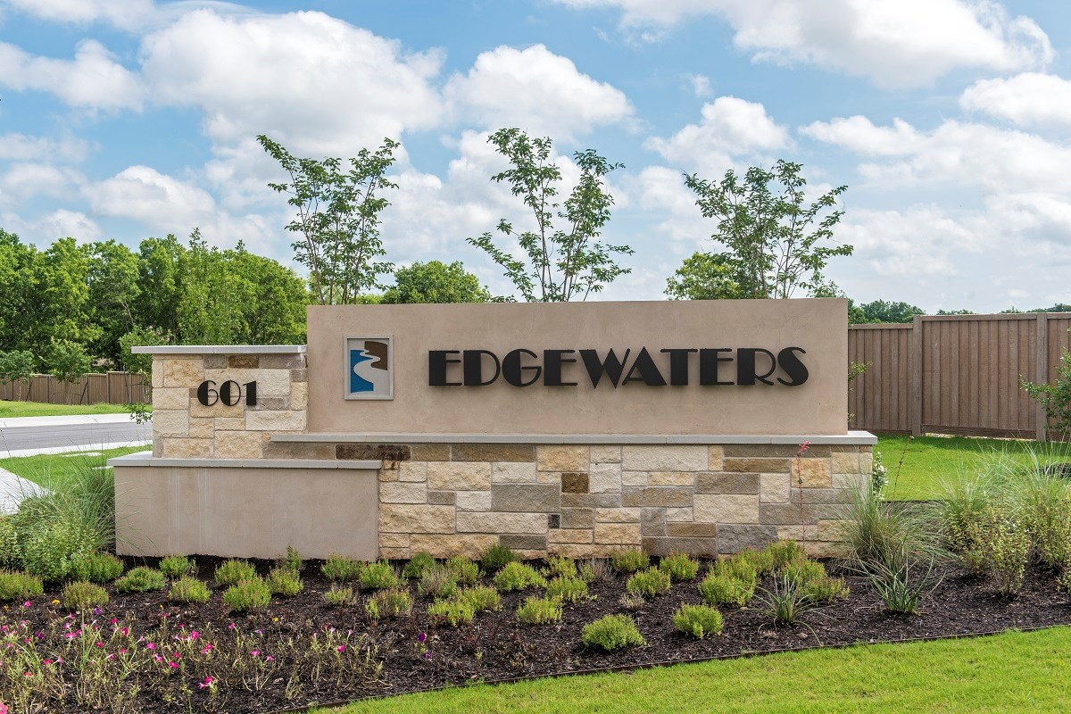 New Homes in Pflugerville, TX - The Edgewaters Community Entrance