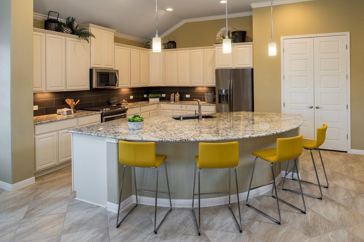 New Homes in Leander, TX - Mason Hills - The Bluffs The L-3005 Kitchen