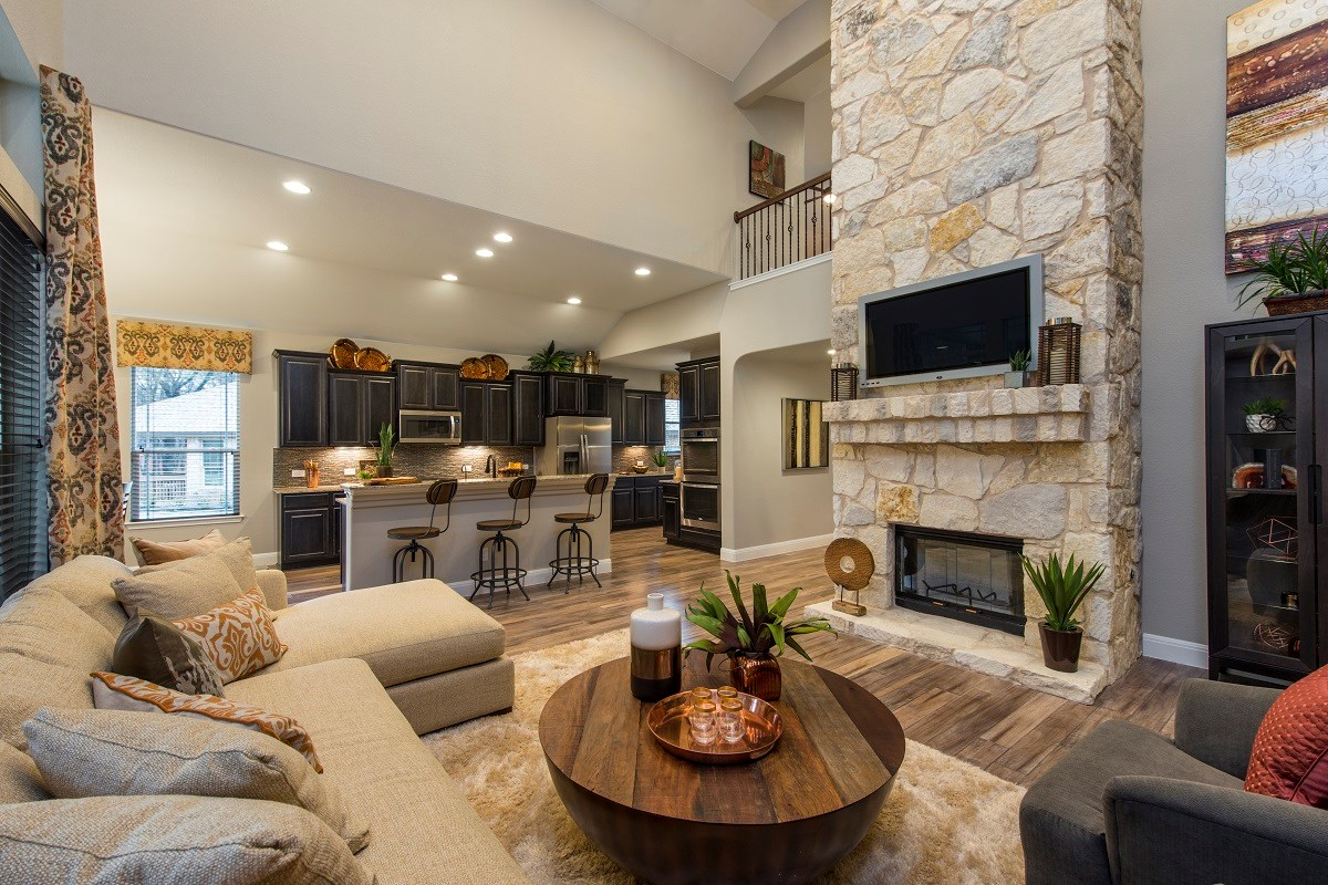 New Homes in Round Rock, TX - Forest Grove Plan L-3471 Family Room and Kitchen