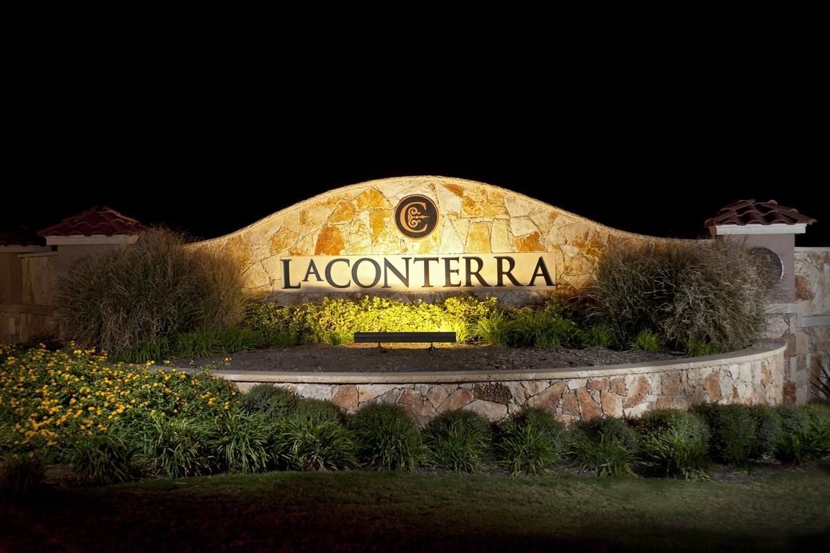 New Homes in Georgetown, TX - La Conterra - Heritage Collection Community Entrance