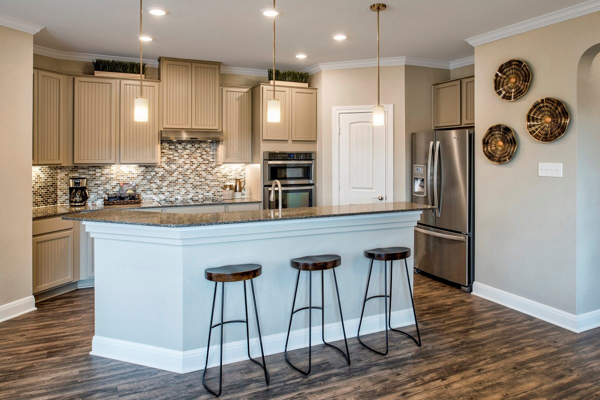 New Homes in Georgetown, TX - La Conterra - Heritage Collection Plan E-1694 Kitchen