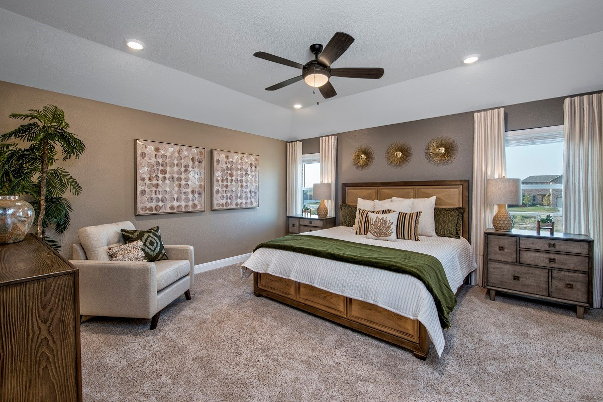 New Homes in Georgetown, TX - La Conterra - Heritage Collection Plan F-2038 Master Bedroom