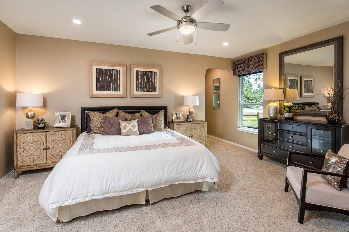 New Homes in Leander, TX - Mason Hills - The Lakes Hallmark Collection Plan A-2382 Master Bedroom