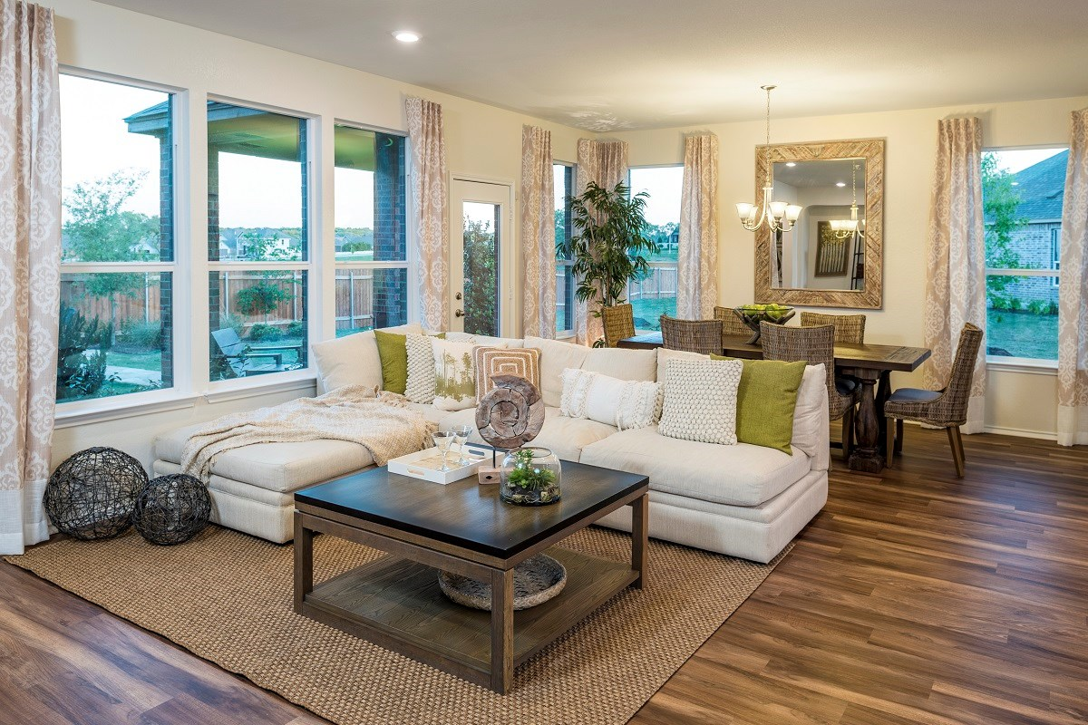 New Homes in Leander, TX - Mason Hills - The Lakes Hallmark Collection Plan A-1792 Great Room