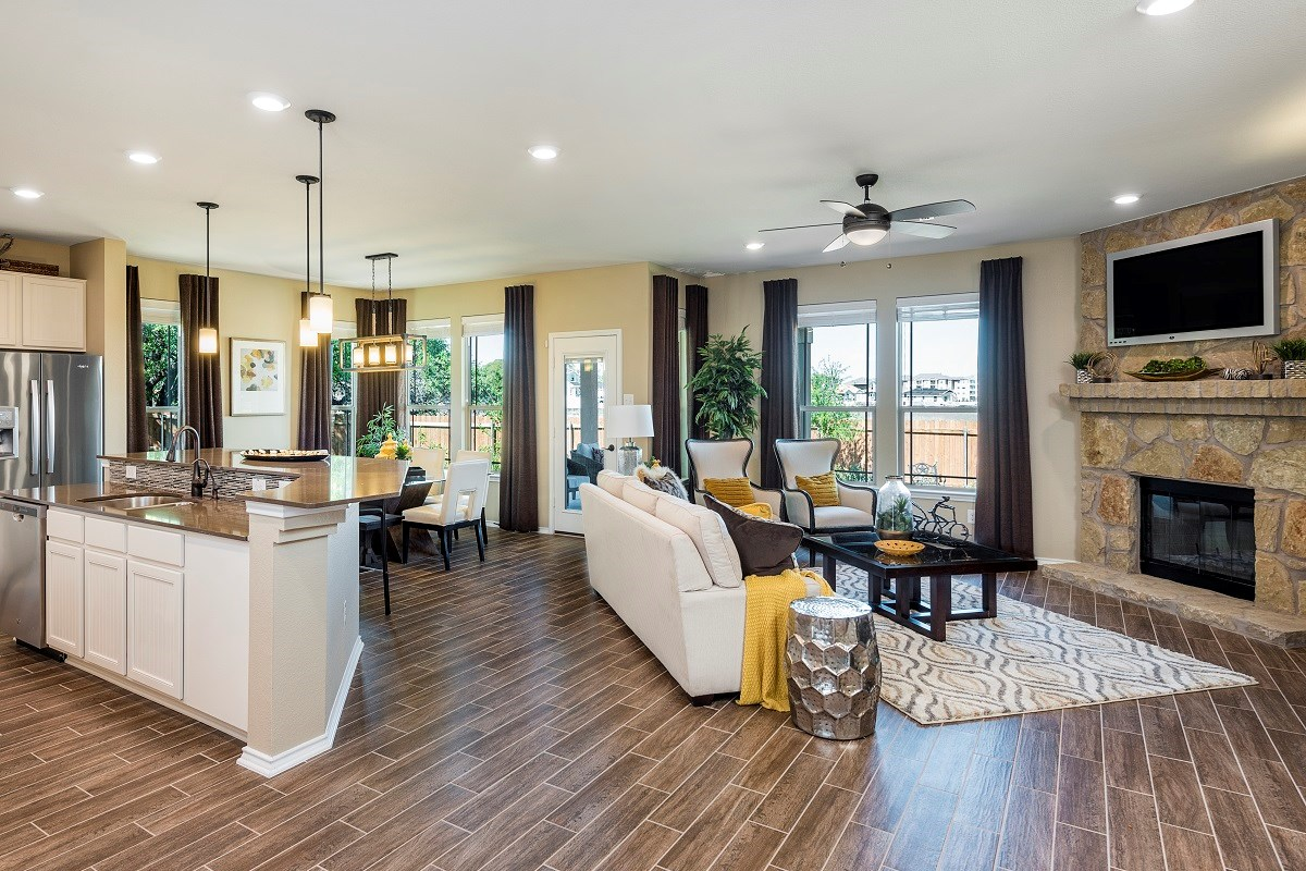New Homes in Leander, TX - Mason Hills - The Lakes Hallmark Collection Plan L-2858 Great Room
