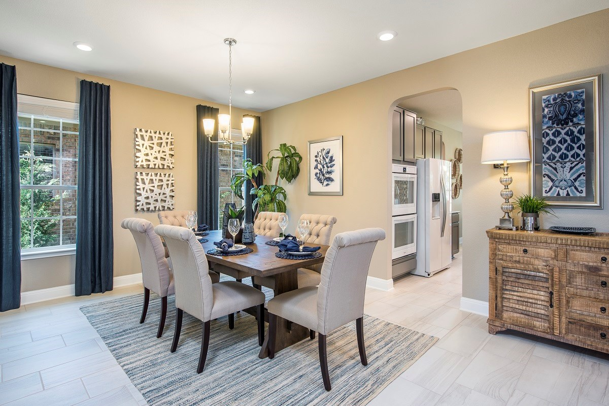 New Homes in Leander, TX - Mason Hills - The Lakes Hallmark Collection Plan A-3125 Dining Room