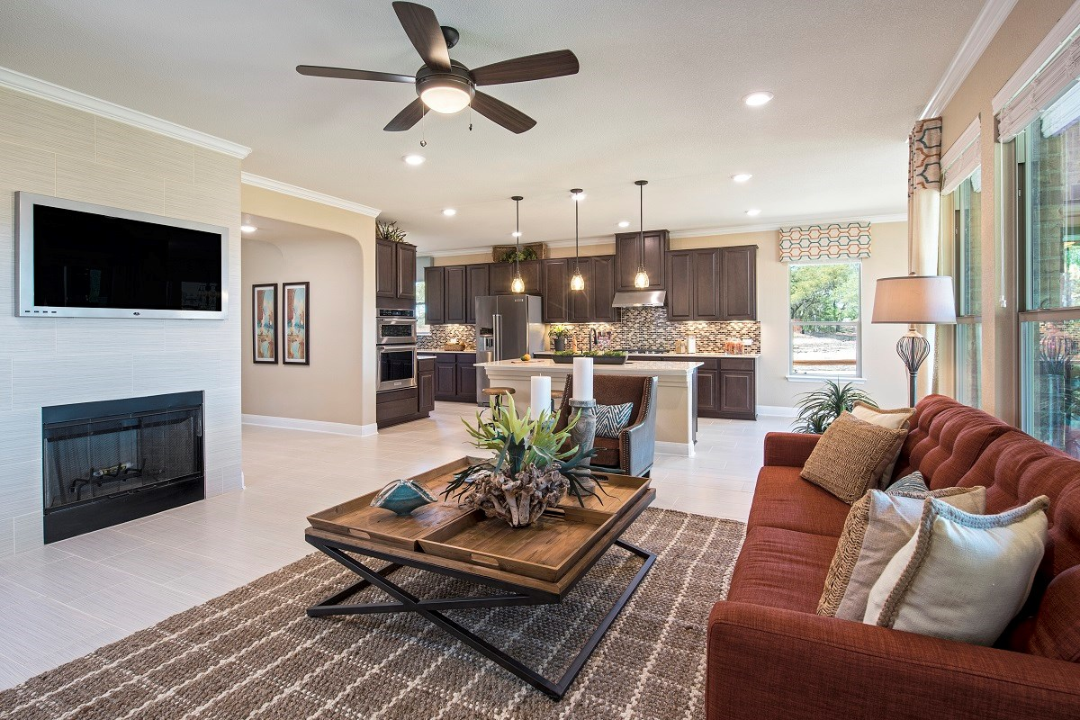 New Homes in Leander, TX - Mason Hills - The Lakes Hallmark Collection Plan L-3471 Great Room