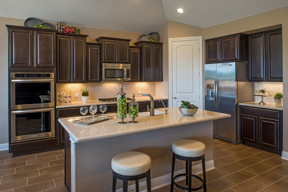 New Homes in Leander, TX - Mason Hills - The Bluffs The L-2915 Kitchen
