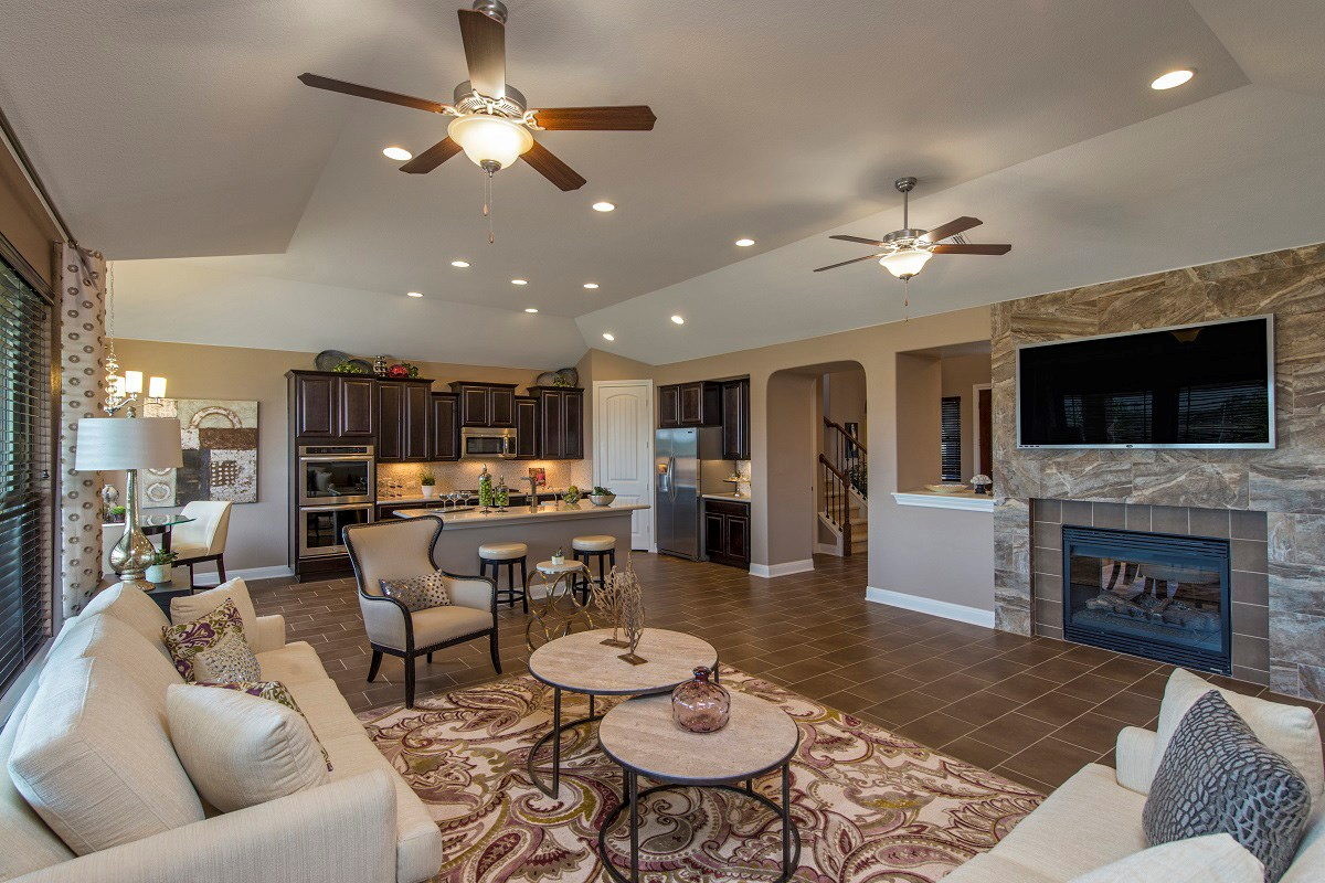 New Homes in Round Rock, TX - Forest Grove Plan L-2915 Living Area and Kitchen
