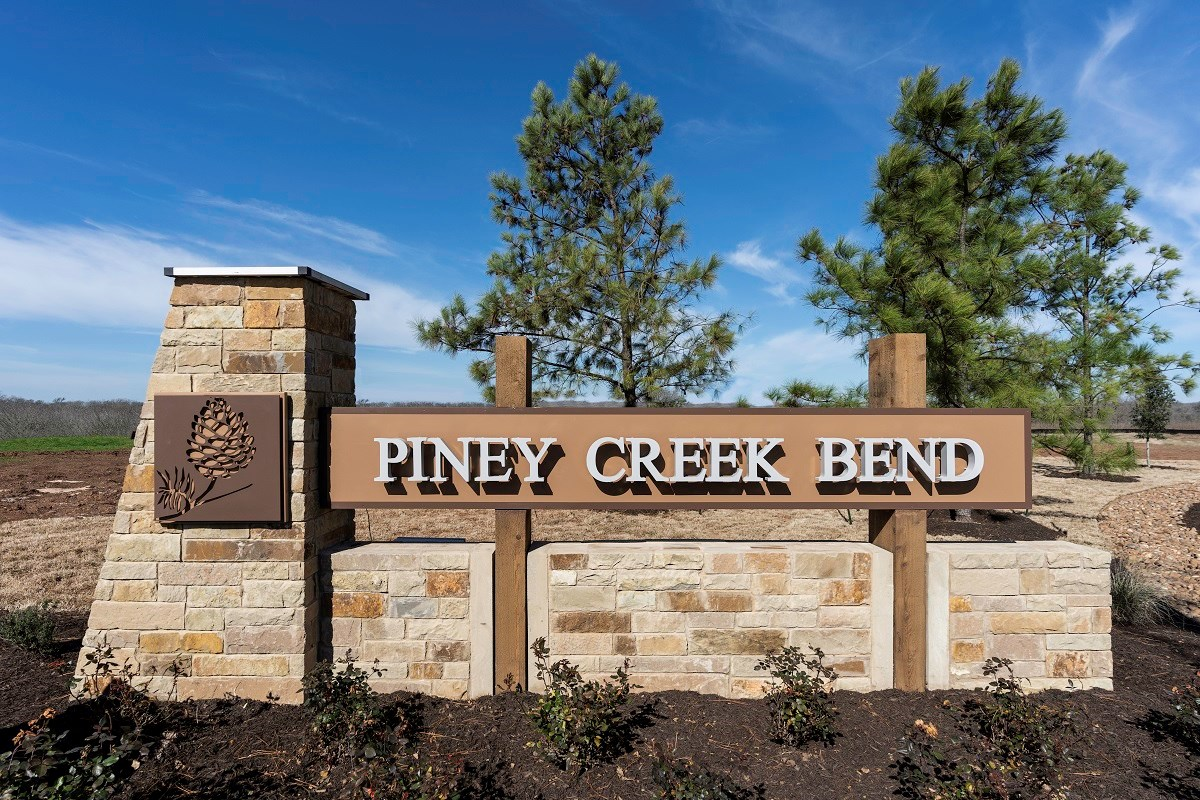 New Homes in Bastrop, TX - Piney Creek Bend Community Entrance
