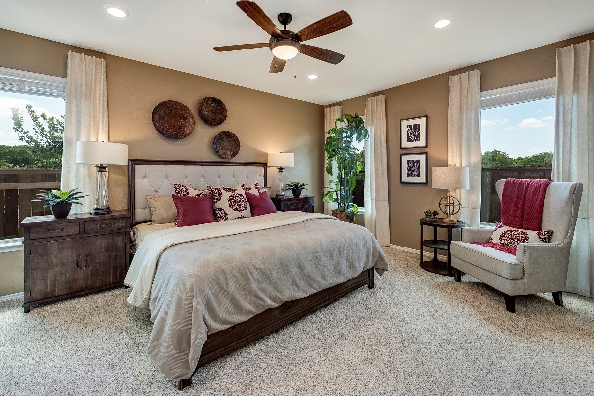 New Homes in Round Rock, TX - Pioneer Point Plan F-1585 Master Bedroom