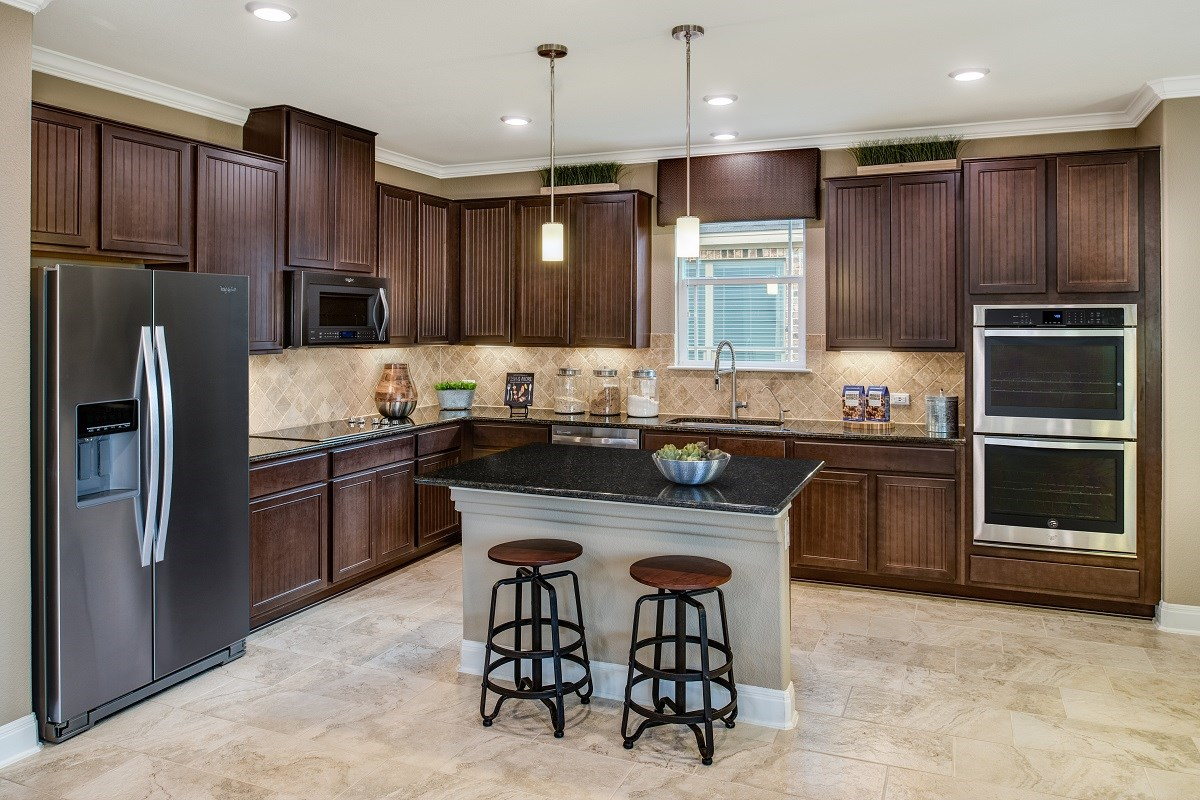 New Homes in Round Rock, TX - Pioneer Point Plan F-2708 Kitchen
