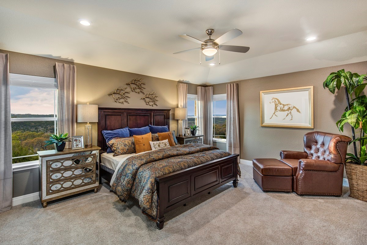New Homes in Round Rock, TX - Pioneer Point Plan F-2708 Master Bedroom