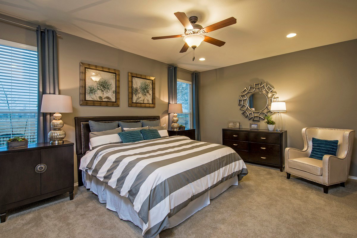 New Homes in Georgetown, TX - Creekside at Georgetown Village Plan A-1792 Master Bedroom