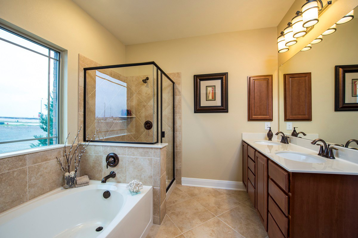 New Homes in Round Rock, TX - Siena in Round Rock 2797 Master Bath