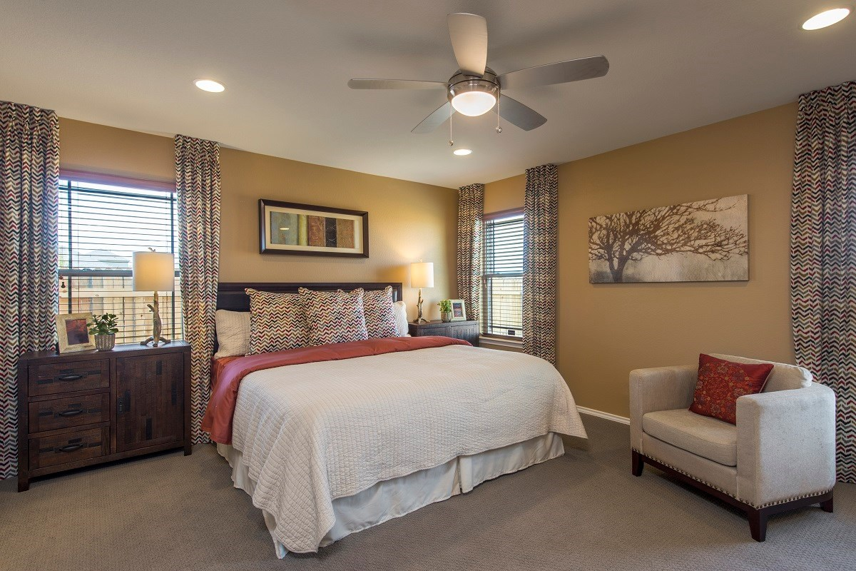 New Homes in Del Valle, TX - The Trails at Stoney Ridge Plan E-1694 Master Bedroom