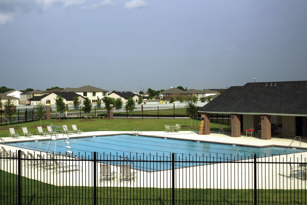 New Homes in Taylor, TX - Summerfield Community Pool