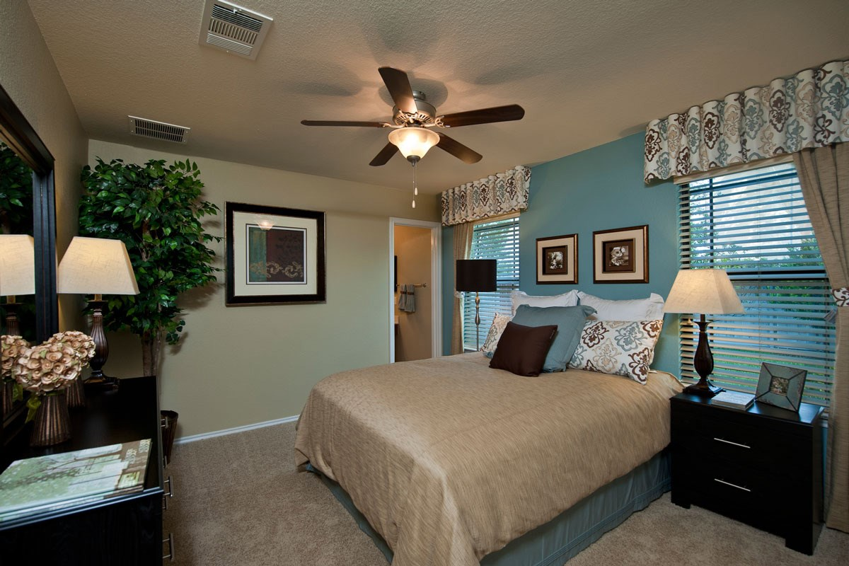 New Homes in Taylor, TX - Summerfield The F-1315 Master Bedroom