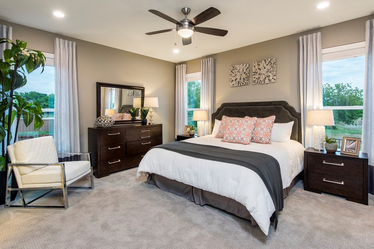 New Homes in Round Rock, TX - Sunrise Villas Plan E-1694 Master Bedroom