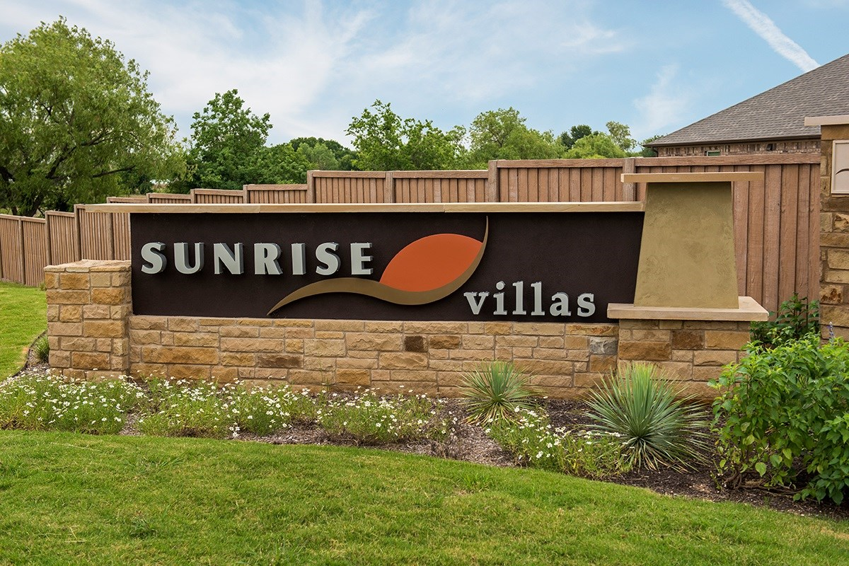 New Homes in Round Rock, TX - Sunrise Villas Community Entry