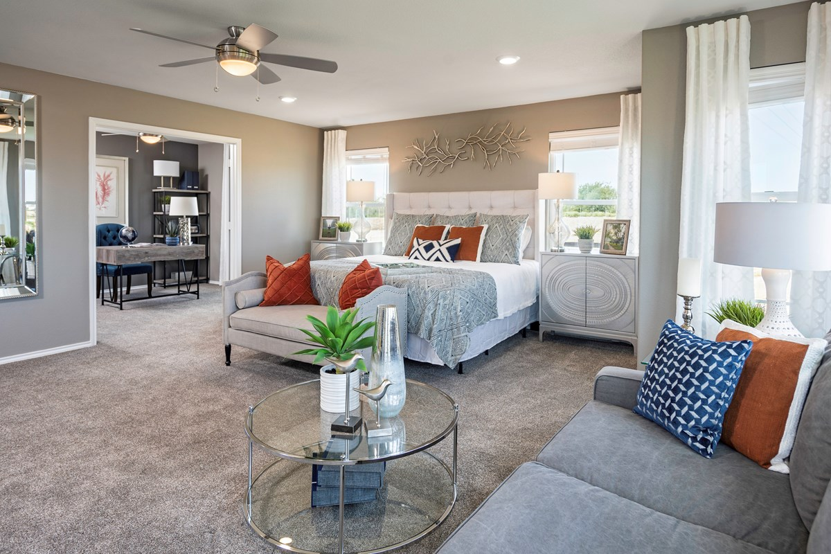 New Homes in Kyle, TX - Sunset Hills Plan A-3475 Master Bedroom