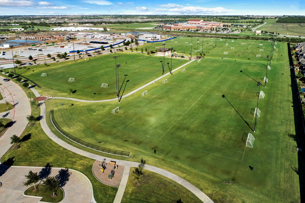 New Homes in Celina, TX - Creeks of Legacy Frontier Park
