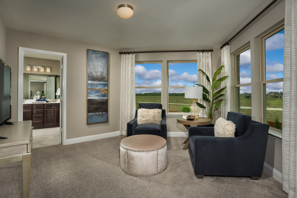 New Homes in Celina, TX - Creeks of Legacy Plan 2803 Owner's Suite Sitting Room