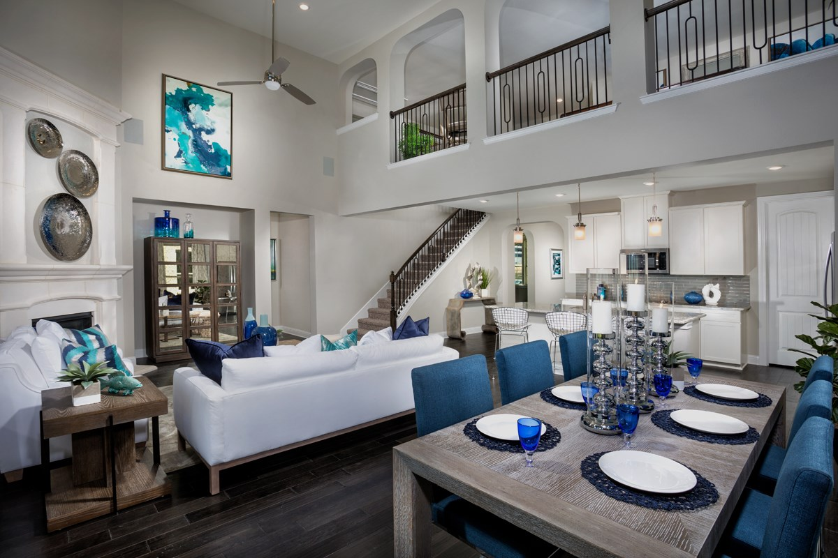 New Homes in Frisco, TX - Retreat at Stonebriar Plan 3149 Great Room Alternate View