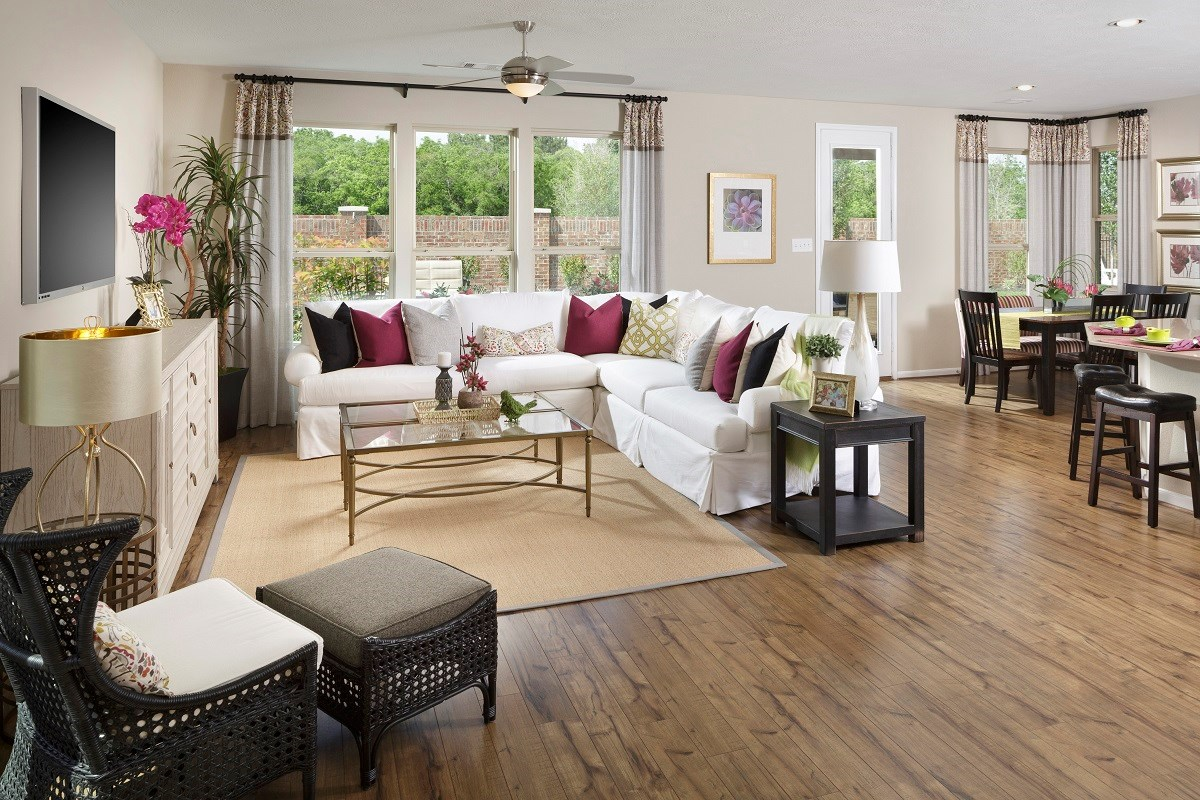 New Homes in Houston, TX - Sommerall Square Plan 2646 Great Room