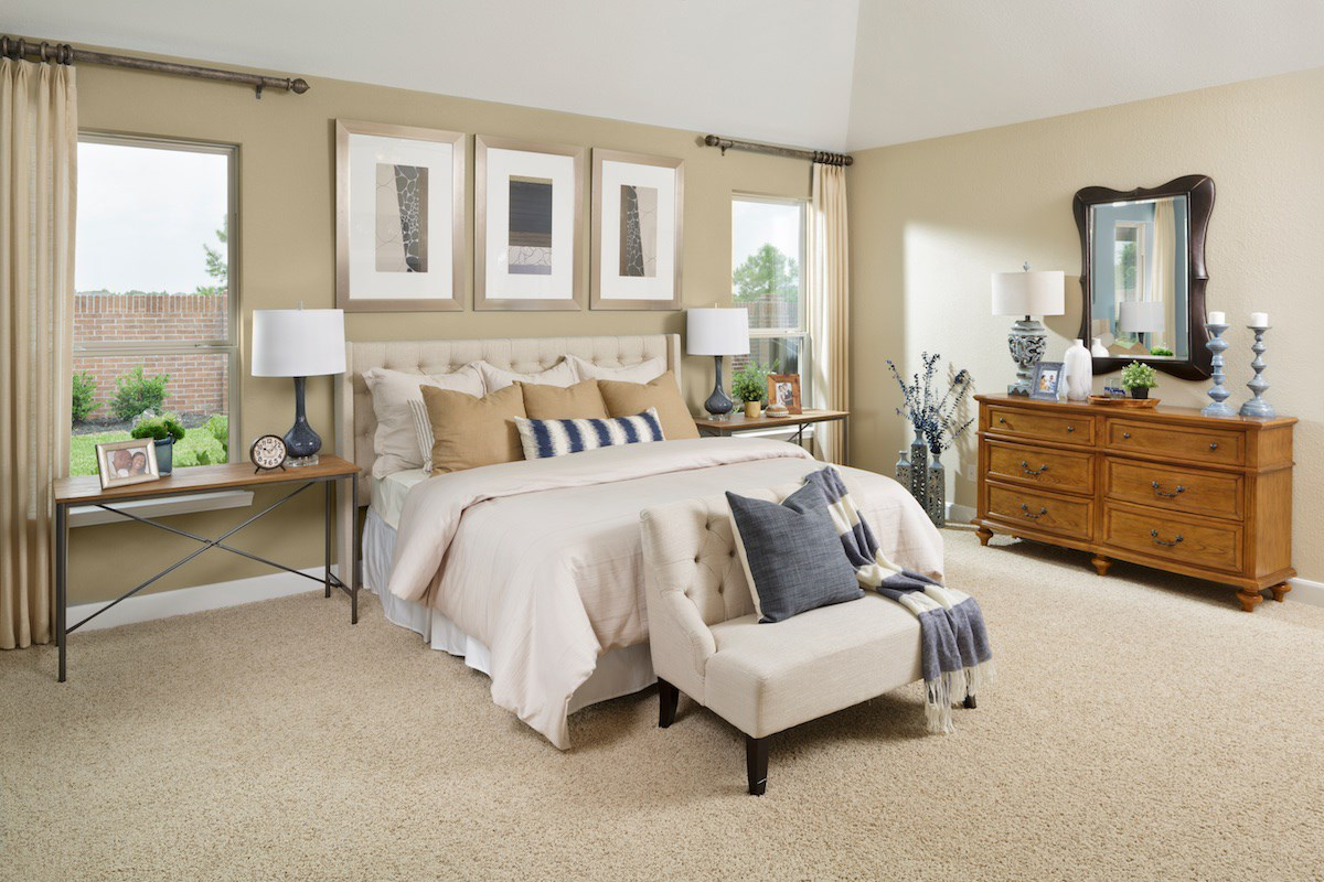 New Homes in Pearland, TX - Shadow Grove Preserve 2130 Master Bedroom