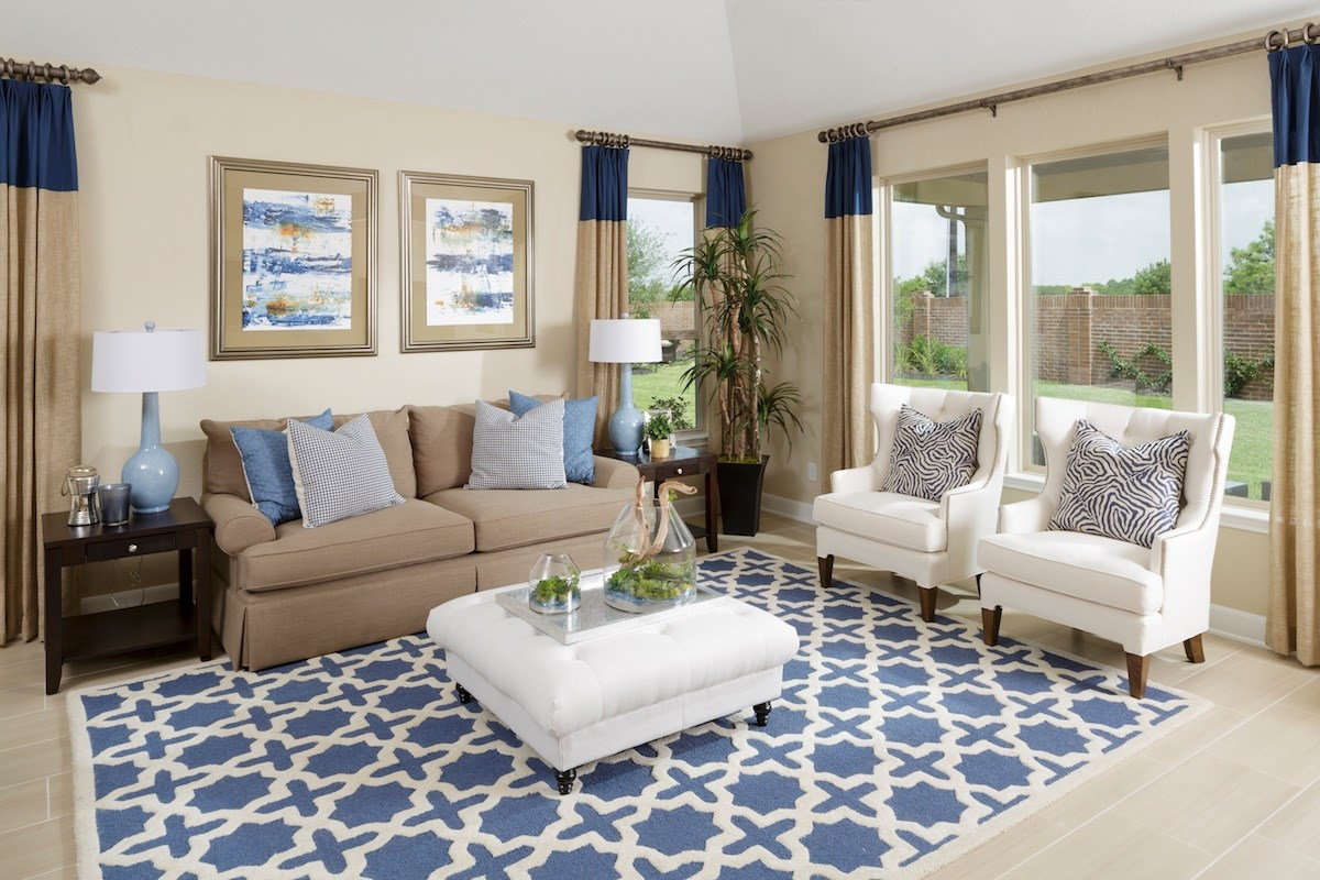 New Homes in Conroe, TX - Wedgewood Falls Preserve Plan 2130 Great Room as modeled at Shadow Grove