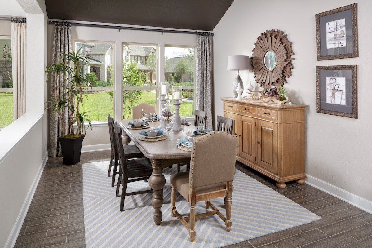 New Homes in Magnolia, TX - Cimarron Creek Estates Plan 2625 Dining Room