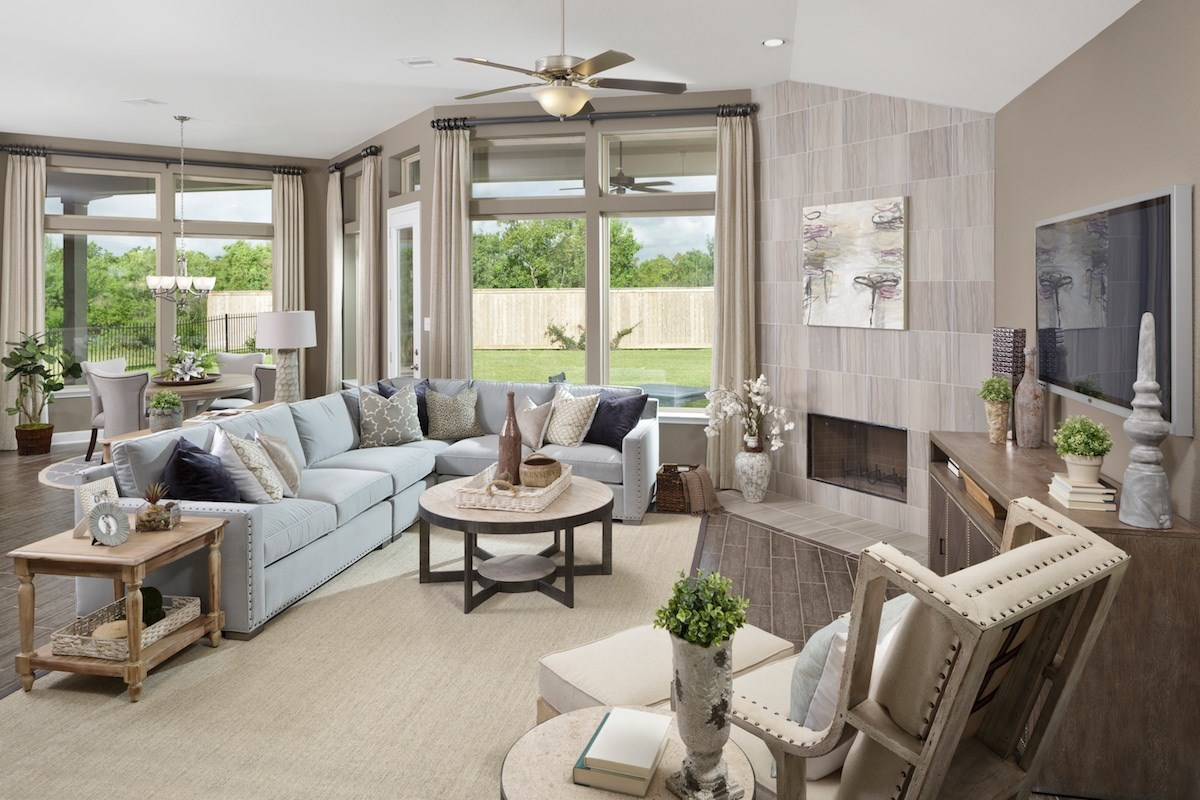 New Homes in Magnolia, TX - Cimarron Creek Estates Plan 2625 Great Room