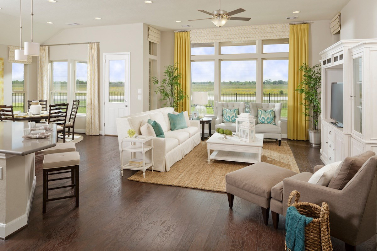 New Homes in Magnolia, TX - Cimarron Creek Estates Plan 2858 Great Room