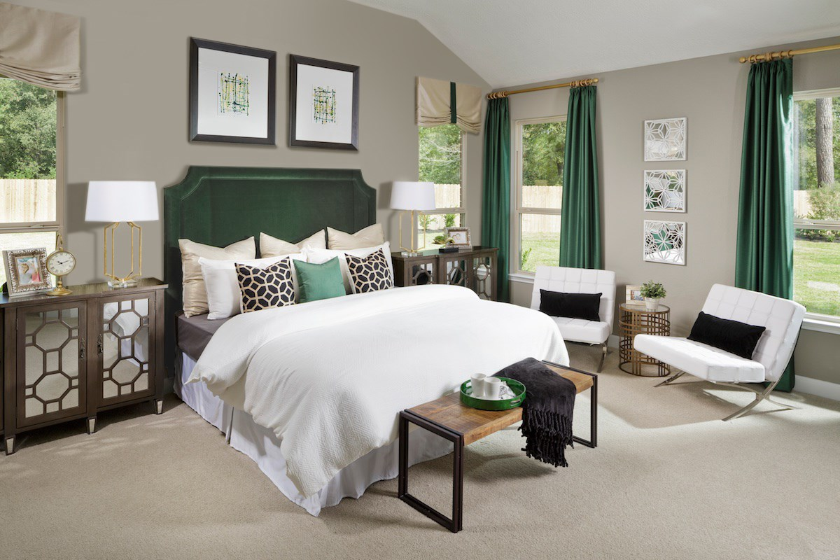 New Homes in Magnolia, TX - Cimarron Creek Estates Plan 2598 Master Bedroom