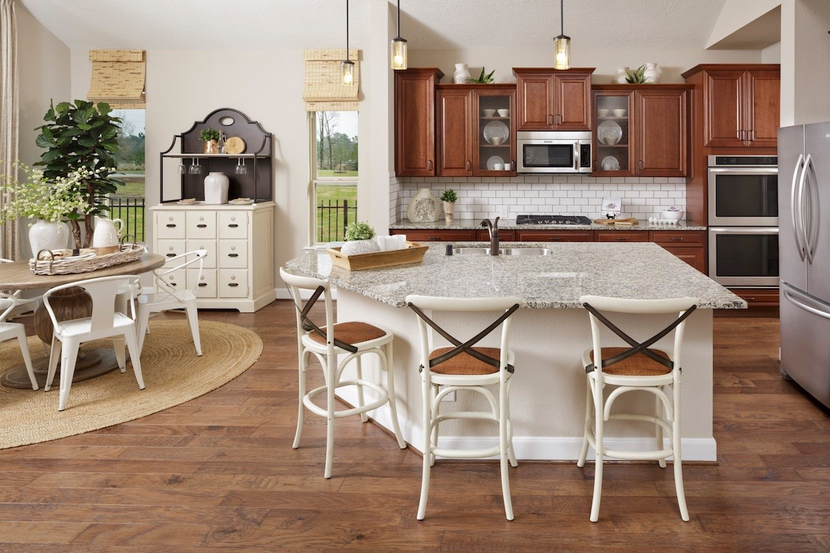 New Homes in Magnolia, TX - Cimarron Creek Estates Plan 3444 Kitchen