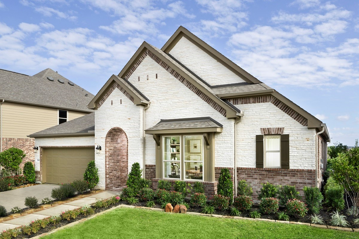 New Homes in Houston, TX - Lakewood Pines Estates - Lakefront Plan 3005