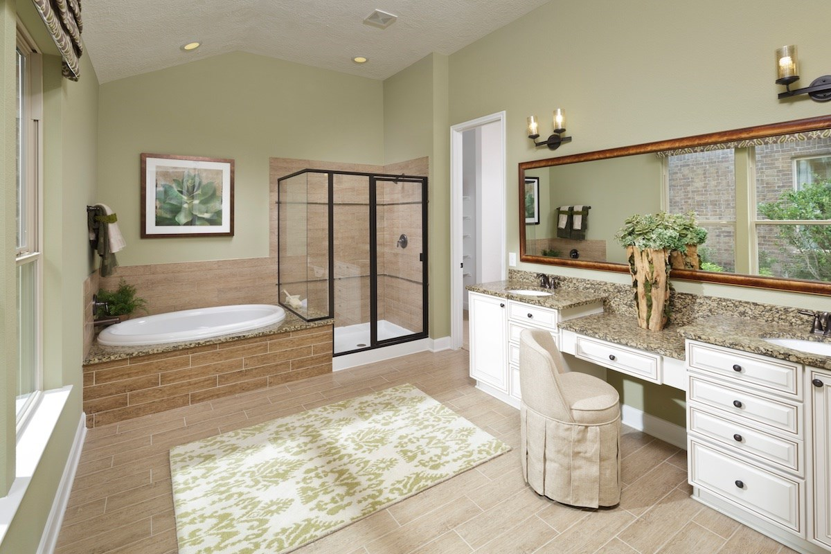 New Homes in Houston, TX - Lakewood Pines Estates Plan 3005 Master Bathroom