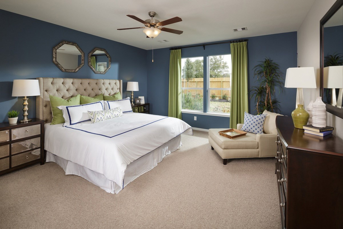 New Homes in Pearland, TX - Canterbury Park 2321 Master Bedroom