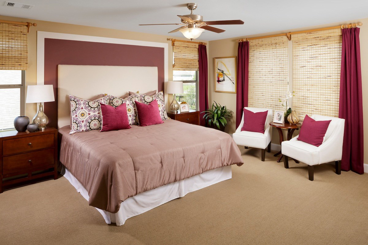 New Homes in Pearland, TX - Canterbury Park 2863 Master Bedroom