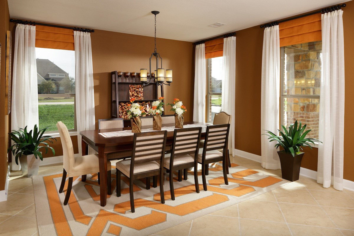New Homes in Pearland, TX - Canterbury Park 2932 Dining Room