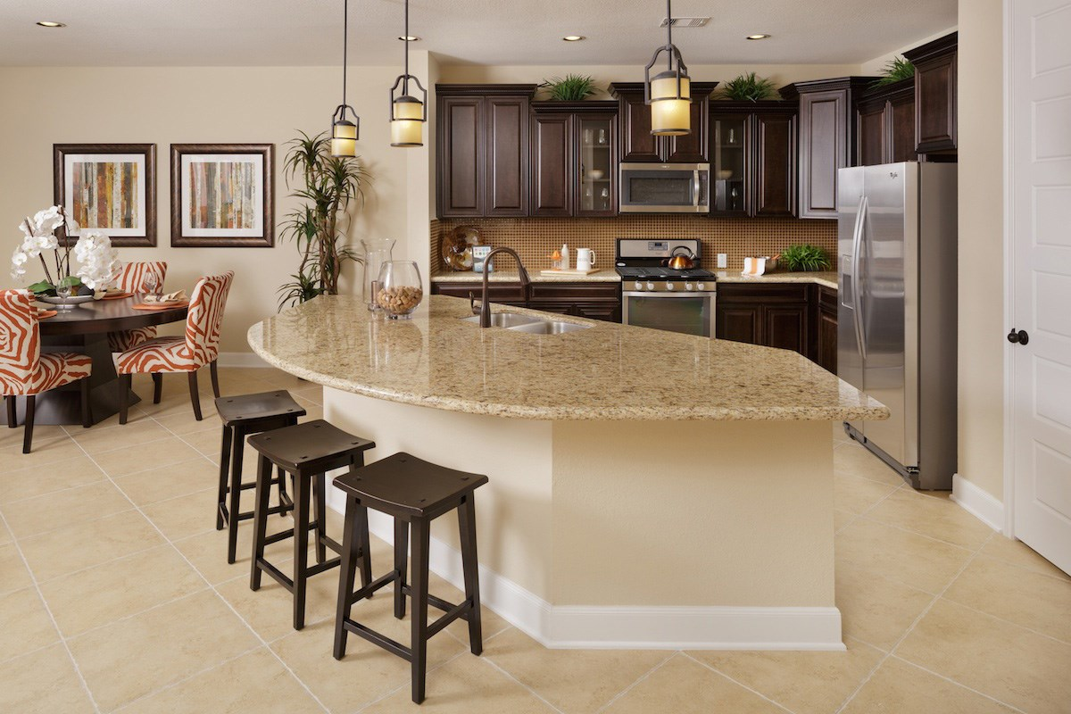 New Homes in Pearland, TX - Canterbury Park 2932 Kitchen