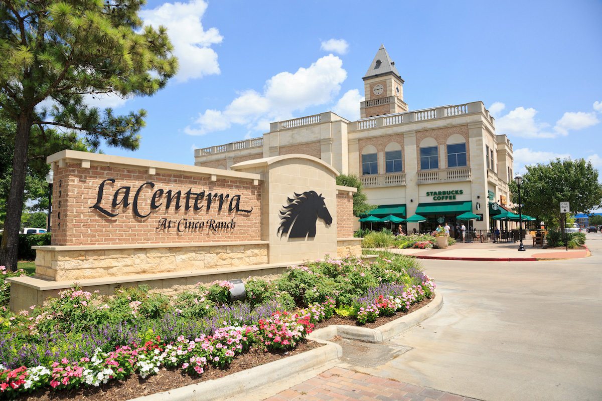 New Homes in Katy, TX - Katy Oaks Estates LaCenterra at Cinco Ranch