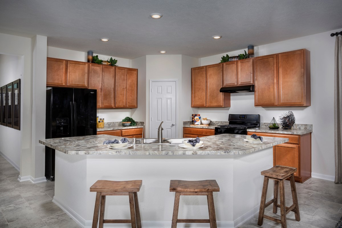 New Homes in Katy, TX - Anserra Preserve Plan 2130 Kitchen