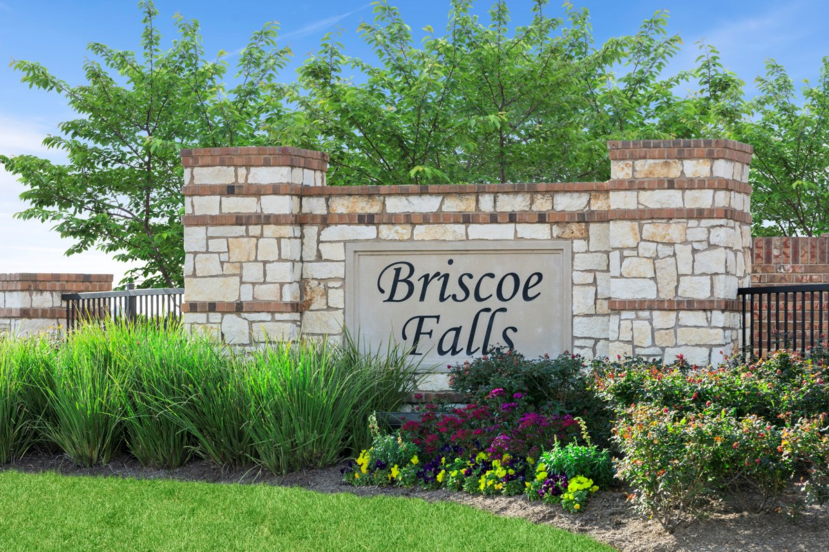 New Homes in Richmond, TX - Briscoe Falls Preserve Community Entrance