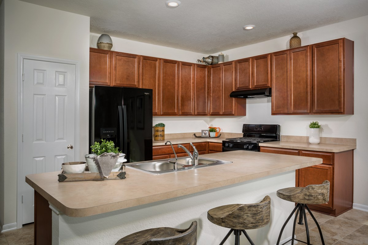 New Homes in Rosenberg, TX - Bryan Crossing Plan 1675 Kitchen