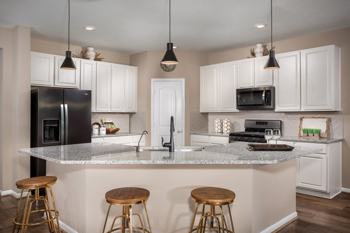New Homes in Rosenberg, TX - Bryan Crossing Plan 2130 Kitchen