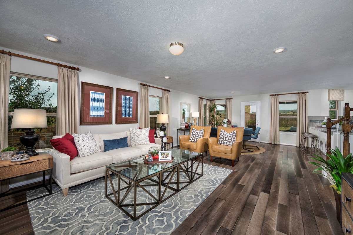 New Homes in Houston, TX - Hillsdale Creek Plan 2124 Great Room