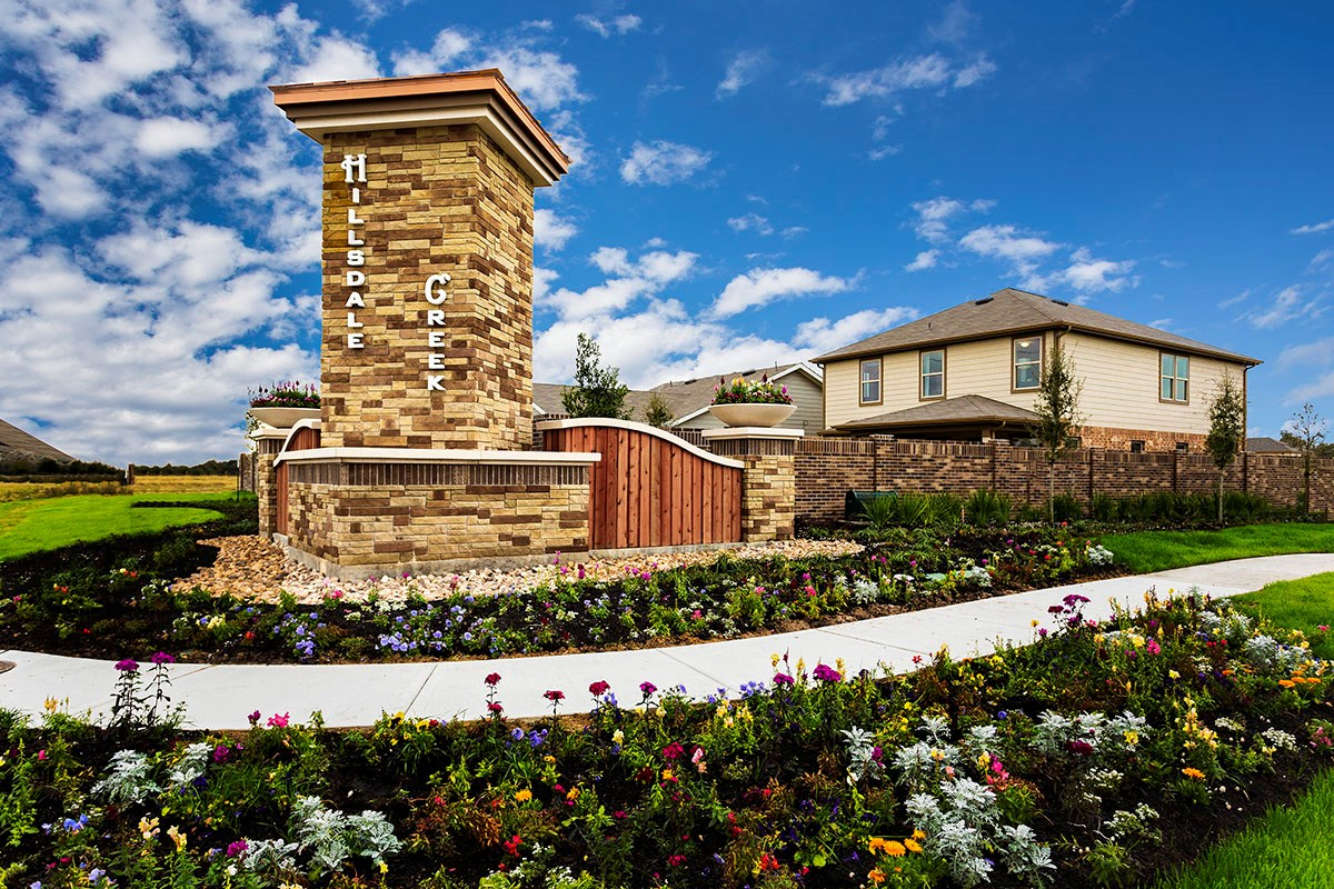 New Homes in Houston, TX - Hillsdale Creek Entry Monument